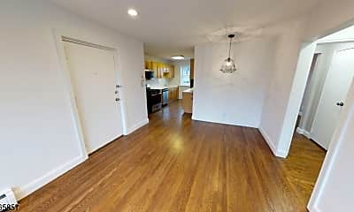 Living Room, 378 Valley St C6, 1