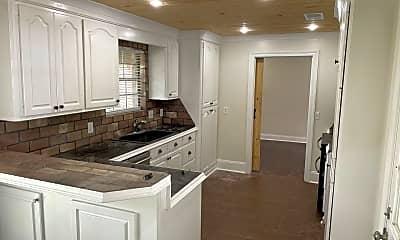 Kitchen, 130 Fern Valley Rd, 2