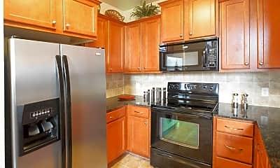 Kitchen, 525 Avalon Park, 1