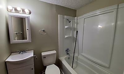 Bathroom, 422 E 2nd St, 2