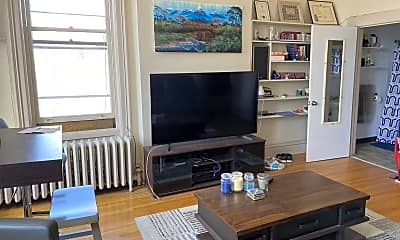 Living Room, 461 State St, 1