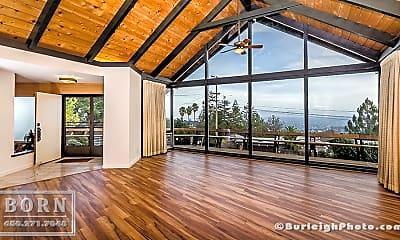 Patio / Deck, 81 Loma Rd, 1