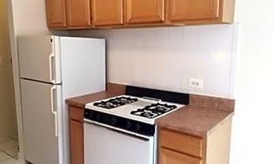 Kitchen, 5423 N WINTHROP AVE, 1