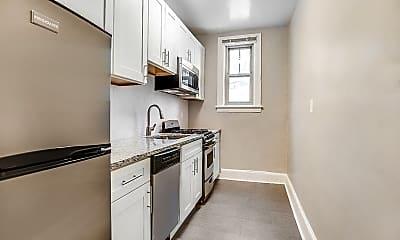 Kitchen, The President Madison Apartments, 1