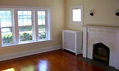 Living Room, Clifton Lake Apartments, 2