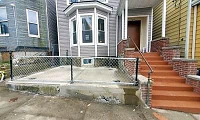 Patio / Deck, 98 Ash St 1, 0