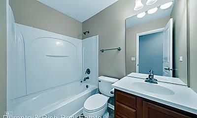 Bathroom, 1456 Crimson Ln, 2