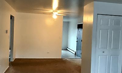 Living Room, 48 W 59th St, 0