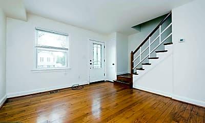 Living Room, 107 E Linden St, 1