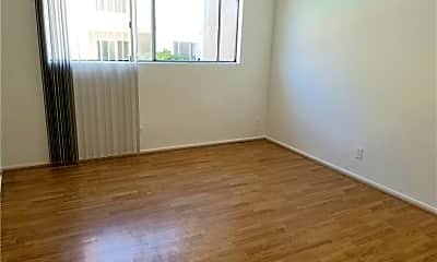 Living Room, 5400 Lindley Ave 102, 2
