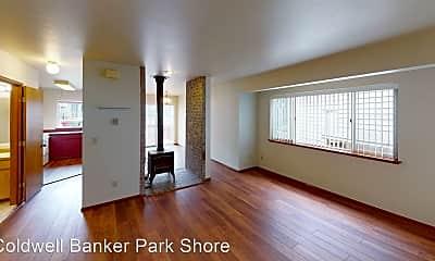 Living Room, 1338 NE Jasmine Ln, 2