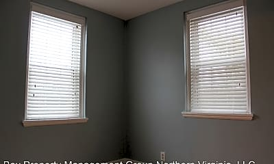 Bedroom, 2739 S Buchanan St, 2