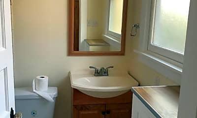 Bathroom, 731 Humboldt St, 2