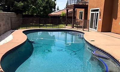 Pool, 6104 Preston Cir, 0
