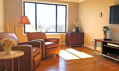 Living Room, 305 C St NE 409, 1