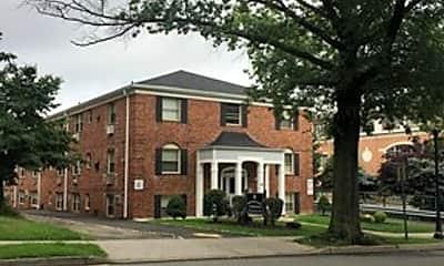 Building, 60 Elm St, 1