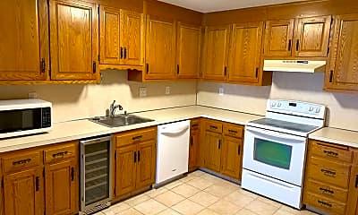 Kitchen, 50 Long St, 1