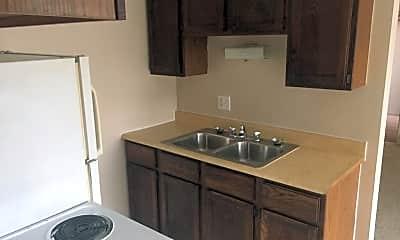 Kitchen, 4000 Ledgewood Dr, 1
