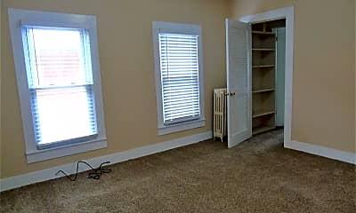 Living Room, 131 S Blakely St, 2