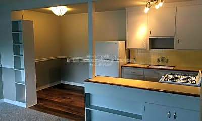 Kitchen, 2900 Marconi Ave, 1