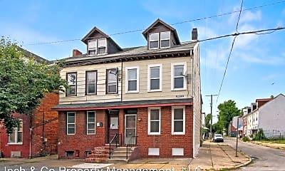 Building, 129 E Boundary Ave, 0