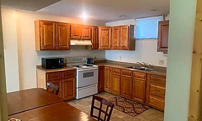 Kitchen, 2354 Diane Ln, 1