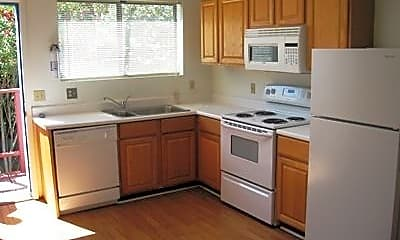 Kitchen, 329 N Norris Ave, 1