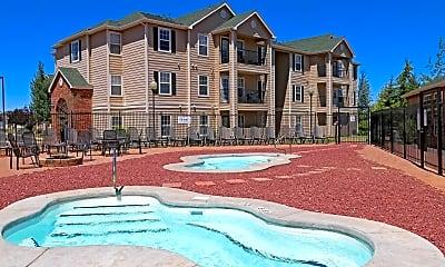 Pool, Campus Habitat, 0