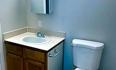 Bathroom, 1902 1st St, 2