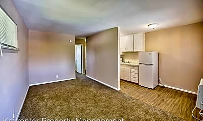 Living Room, 3336 E Marshall St, 1