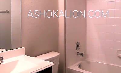Bathroom, 3006 Veeder Pass Ln, 1