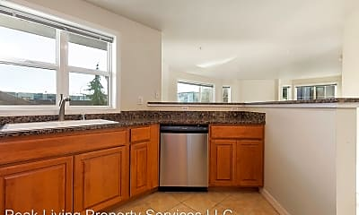 Kitchen, 110 Williams Ave South, 1