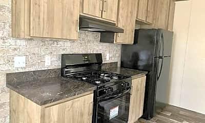 Kitchen, 41 Rustic Pkwy 126, 1
