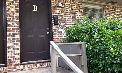 Building, 2023 Sagecrest St, 1