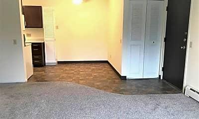 Living Room, 423 E 1st Ave, 0