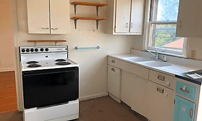 Kitchen, 803 SE Riverside Dr, 2