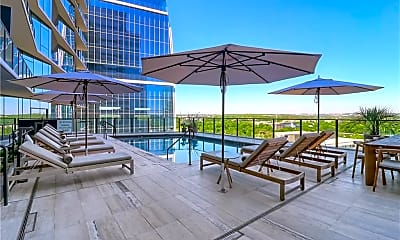 Pool, 202 Nueces St 2404, 1