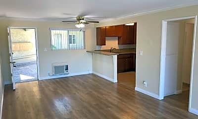 Living Room, 621 N Market St, 0