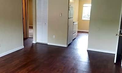 Living Room, 815 SW Cozine Ln, 0