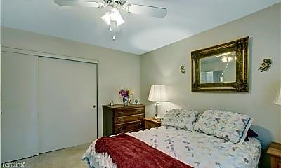 Bedroom, 5425 Comchec Way, 1