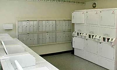 Fitness Weight Room, Pacific Oaks Apartments, 2
