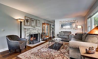 Living Room, 3701 Elmwood Pl, 0