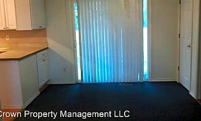 Living Room, 3804 S Cascade St, 1