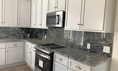 Kitchen, 957 Savannah St, 1