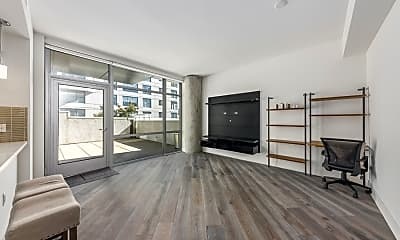 Living Room, 72 Townsend St, 1