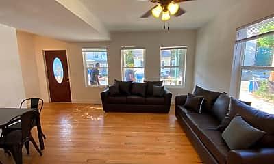 Living Room, 920 Greenwood Ave, 0