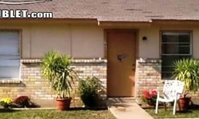 Building, 2809 N Hwy 175, 0