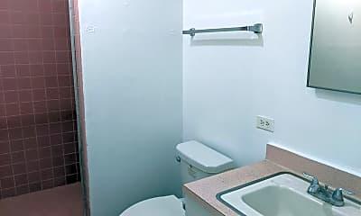 Bathroom, 1515 Kewalo St, 2