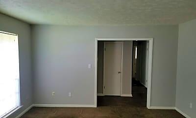 Bedroom, 617 Plantation Way, 2