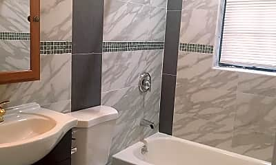 Bathroom, 401 S 13th St 2F, 1